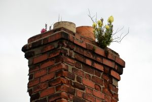 Why you need a chimney height of at least 1.8m on a thatched house